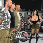 AlettaOceanLive presents Aletta Ocean in The Commander – 19.10.2018