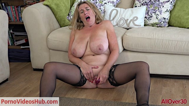 Allover30_presents_Camilla_A_45_years_old_Ladies_With_Toys_-_01.11.2018.mp4.00015.jpg