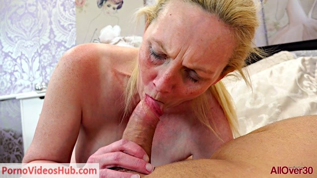 Allover30_presents_Suzie_Stone_45_years_old_Ladies_In_Action_-_31.10.2018.mp4.00011.jpg