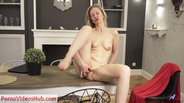Watch Online Porn – Anilos presents Midge – Take It Off – 16.11.2018 (MP4, FullHD, 1920×1080)