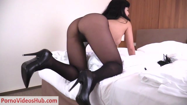 Ballbustingchicks_-_Mistress_Kawa_-_Tease_and_Denial.mp4.00011.jpg