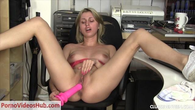 Watch Online Porn – ClubSevenTeen presents Ellen Pleasing Herself In The Office (MP4, FullHD, 1920×1080)