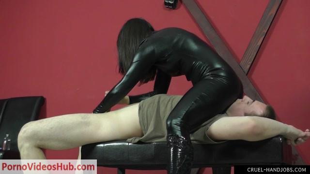 CruelHandjobs_presents_Mistress_Sophie_in_Needy_slave.mp4.00014.jpg