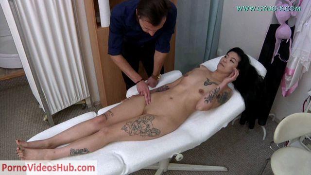 Watch Online Porn – FreakyDoctor presents Akasha Coliun (25 years girl gyno exam) (WMV, HD, 1280×720)