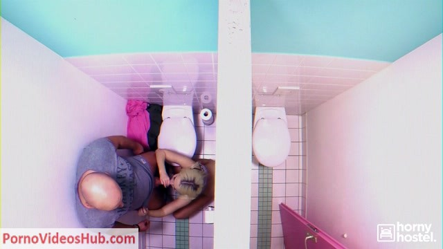 Watch Online Porn – HornyHostel presents Lovita Fate in The Bathroom Stall – 29.11.2018 (MP4, FullHD, 1920×1080)