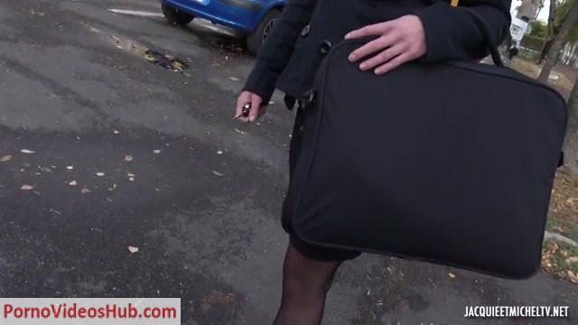 Watch Online Porn – JacquieEtMichelTV presents A Blois (41) avec la prof de musique – 02.11.2018 (MP4, SD, 854×480)