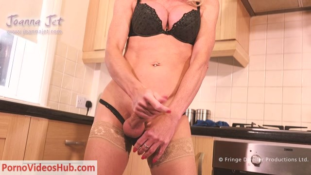 JoannaJet_presents_Joanna_Jet_in_Me_and_You_327_-_Home_Flirt_-_26.10.2018.mp4.00006.jpg