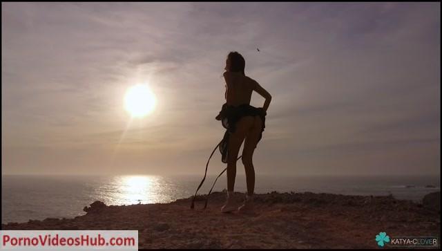 Katya_Clover_in_My_play_list_Maluma_felices_los_MPL_FELICES_LOS__BY_MALUMA.mp4.00012.jpg