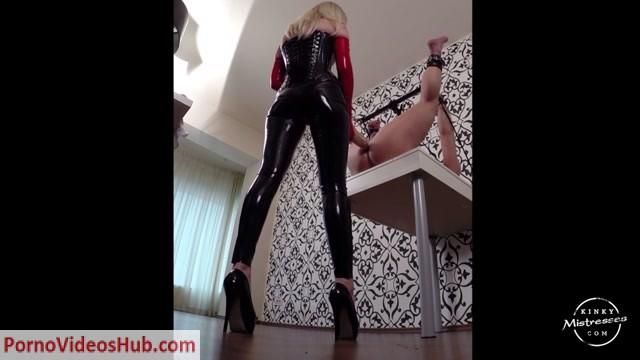 Kinky_Mistresses_-_Mistress_Lilse_-_The_Double_Dildo_In_The_Ass.mp4.00003.jpg