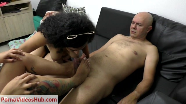 Latin_Domination_Goddesses_-_Victoria_Teaches_Tata_To_Make_Footjob_With_Class.mp4.00005.jpg