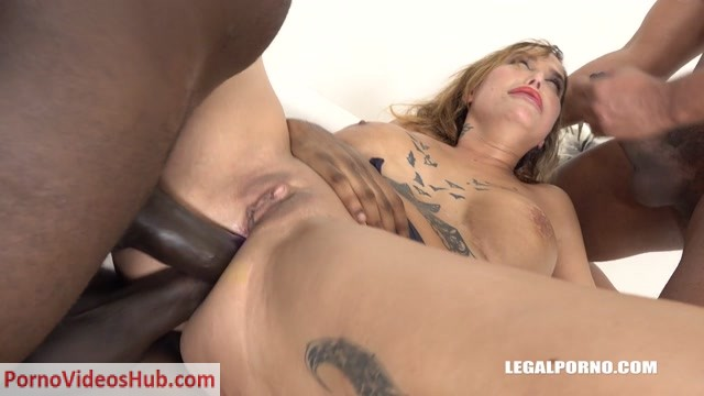 LegalPorno_presents_Busty_slut_Heidi_Van_Horny_is_coming_to_try_black_cocks_IV241_-_26.11.2018.mp4.00007.jpg