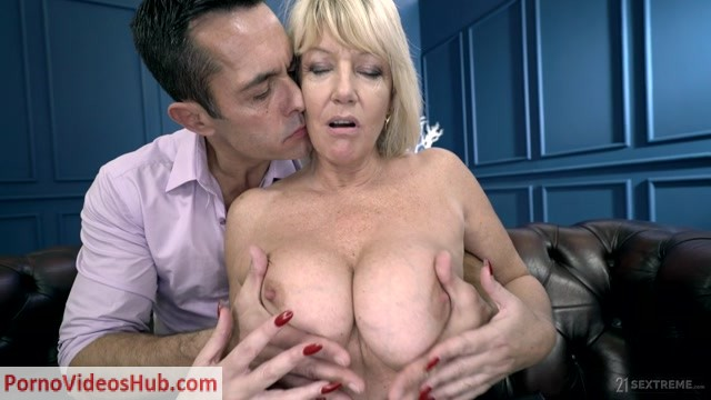 LustyGrandmas_presents_Rosemary__Renato_in_The_Private_Teacher_-_29.11.2018.mp4.00002.jpg
