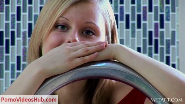 Watch Online Porn – Lutro from MetArt Year 2012 (MP4, FullHD, 1920×1080)