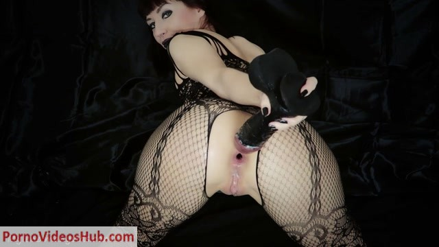 ManyVids_presents_Mylene_in_CUSTOM__Sinners_pleasures._Farts__gapes__Premium_user_request_.mp4.00012.jpg