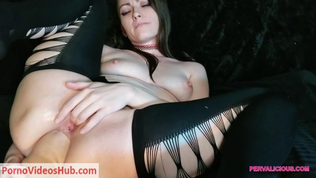 ManyVids_presents_PervaliciousXXX_in_Fisting_and_Gaping_Her_Silky_Ass__Premium_user_request_.mp4.00006.jpg