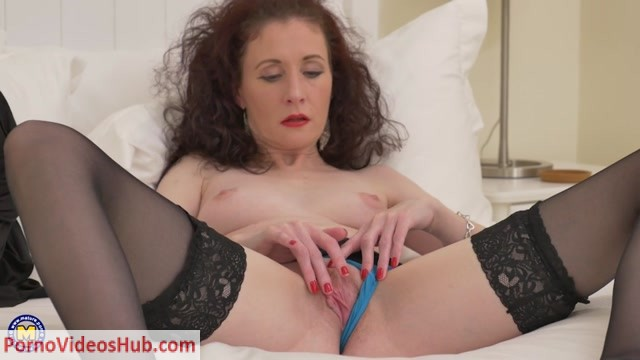 Mature.nl_presents_Scarlet__EU___43__-_This_mama_loves_to_go_wild_-_19.11.2018.mp4.00008.jpg