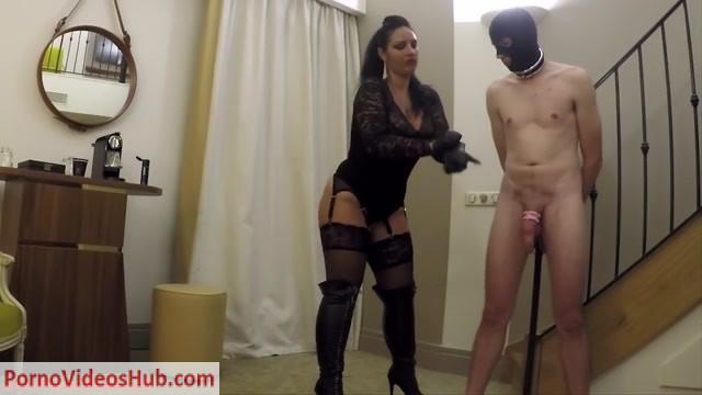 Mistress_Ezada_Sinn_in_Anniversary_morning_ruined_orgasm.mp4.00002.jpg