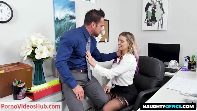 Watch Online Porn – NaughtyAmerica – NaughtyOffice presents Kenzie Taylor Gets Fucked In The Office – 12.11.2018 (MP4, HD, 1280×720)