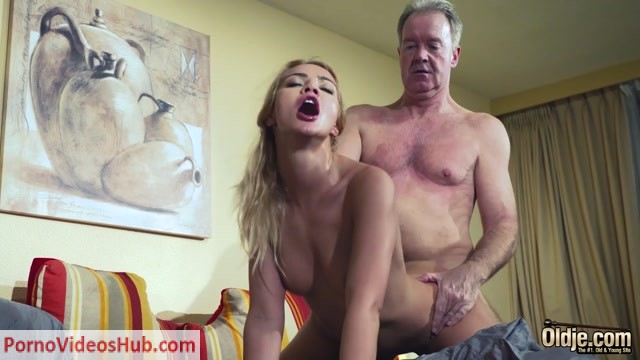 Watch Online Porn – Old & Young – Cherry Kiss – Breaking Balls (MP4, FullHD, 1920×1080)