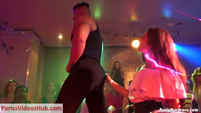 Watch Online Porn – PartyHardcore presents Party Hardcore Gone Crazy Vol. 42 – Part 6 – Cam 3 (MP4, HD, 1280×720)