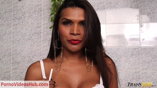 Trans500_presents_Bia_Melo__Sarah_Oliveira__Thais_Morales_Fetish_Frenzy_4_-_06.11.2018.mp4.00005.jpg
