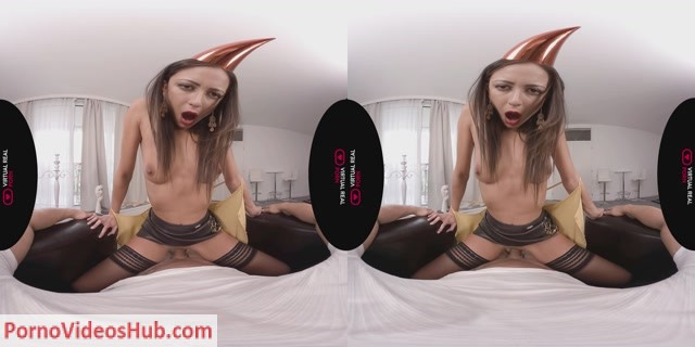 VirtualRealPorn_presents_Cassie_del_Isla___Dorian_del_Isla_in_Give_it_to_me_-_12.11.2018.mp4.00002.jpg