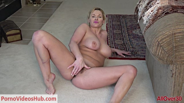 Watch Online Porn – Allover30 presents April Key 38 years old Ladies With Toys – 06.12.2018 (MP4, FullHD, 1920×1080)