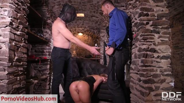 Watch Online Porn – DDFNetwork – HouseOfTaboo presents Silvia Dellai in Submission Cellar – 28.12.2018 (MP4, FullHD, 1920×1080)