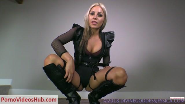 Divine_Goddess_Jessica_in_Cocksucker_Training__Premium_user_request_.mp4.00007.jpg