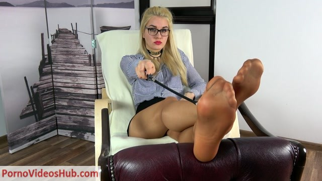 Dominant_Femine___POV___Olga___Wylizywaj_Kaugotki___Russian_Teacher_Want_You_To_Lick_Her_Pantyhose.mp4.00010.jpg