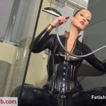 Fetish Liza – Sexy Wet Latex Catsuit