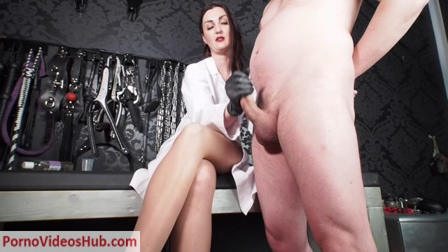 Watch Online Porn – GERMAN FEMDOM – Lady Victoria Valente – Dr Valente Specialist in impotence – Handjob (MP4, HD, 1280×720)