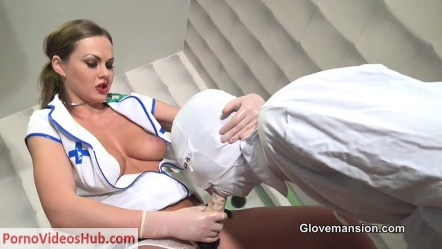 Watch Free Porno Online – Glovemansion – Doctor gives cock therapy part 2 (MP4, HD, 1280×720)