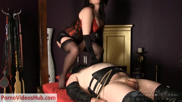 Goddess_Alexandra_Snow___Sweaty_Lacey_Thong.mp4.00006.jpg