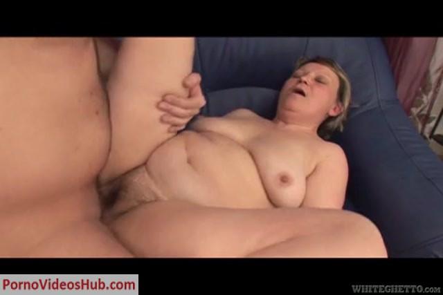 GrannyGhetto_presents_25_Fucking_Grandmas_02_s04_Lady_SteveQ_480p.mp4.00004.jpg