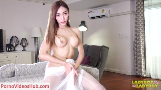 Watch Online Porn – Ladyboy-Ladyboy presents Emmy Intimate Cock Play! – 10.12.2018 (MP4, HD, 1280×720)