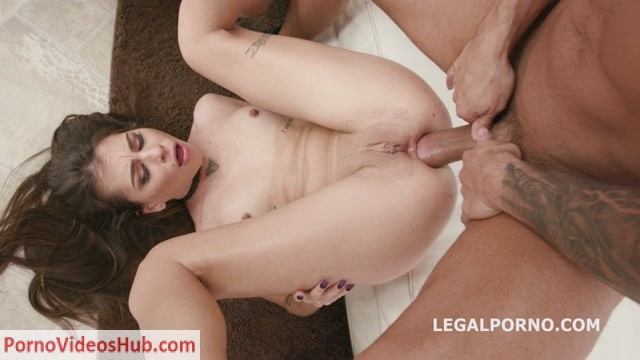 Watch Online Porn – LegalPorno presents DAP Destination, Kacie Castle gets 4on1, No Pussy, Balls Deep Anal, DAP, Swallow GIO876 – 05.12.2018 (MP4, HD, 1280×720)
