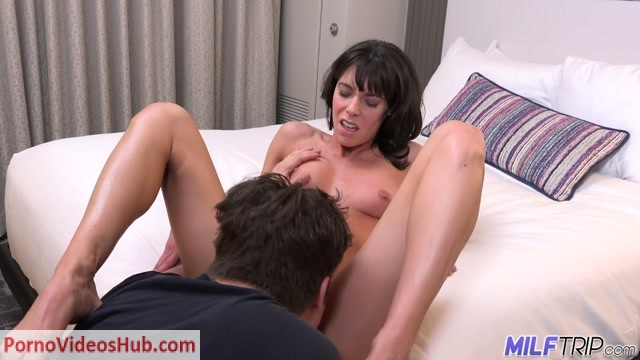 Watch Online Porn – MILFTrip presents Lexi Foxy – Wet Pussy MILF Rolls The Dice With Young Cock In Vegas (MP4, FullHD, 1920×1080)