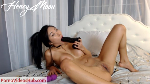 Watch Online Porn – ManyVids Webcams Video presents Girl Honey Moon in Vibe Ride and First Time BBC Fail (MP4, FullHD, 1920×1080)