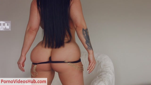 Watch Online Porn – ManyVids presents Korina Kova in wonder women body spell control (Premium user request) (MP4, FullHD, 1920×1080)