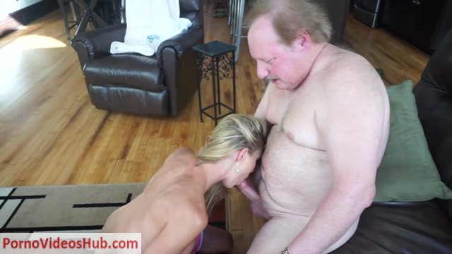 Watch Online Porn – ManyVids presents TianaLive in hollyhotwife – Older Man In The Midwest (MP4, SD, 854×480)