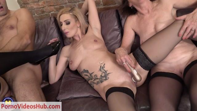 Watch Online Porn – Mature.nl presents Danny (63), Jara C. (38) & Kaylea (35) – The Bartender Gets it – 07.12.2018 (MP4, SD, 960×540)