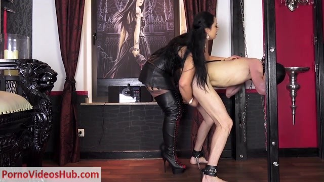 Watch Online Porn – Mistress Ezada Sinn – Cow milking time (MP4, HD, 1280×720)