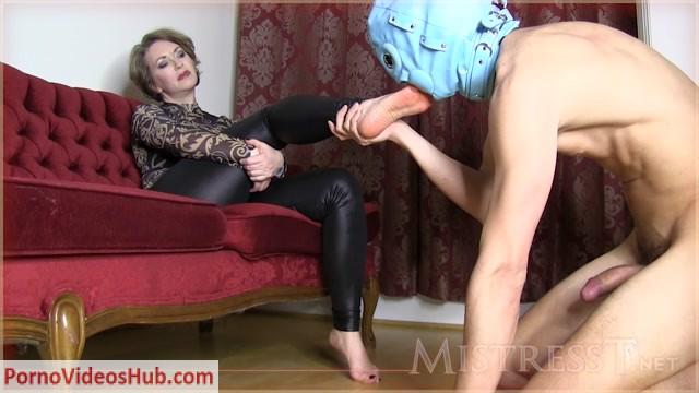 Watch Online Porn – Mistress T – Footjob Quick Cummer (MP4, HD, 1280×720)