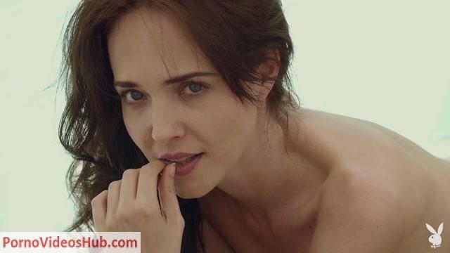 PlayboyPlus_presents_bianka_helen_poolside_relaxation_1080p.mp4.00015.jpg