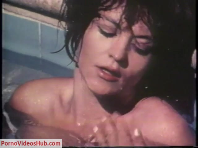 SexUnderWater_presents_i_want_you_su.mp4.00013.jpg