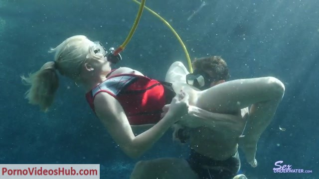 Watch Online Porn – SexUnderWater presents scubawhore8112k (MP4, SD, 854×480)