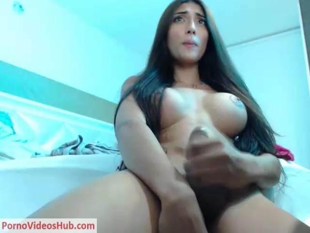 Watch Online Porn – Shemale Webcams Video for December 18, 2018 – 02 (MP4, SD, 640×480)