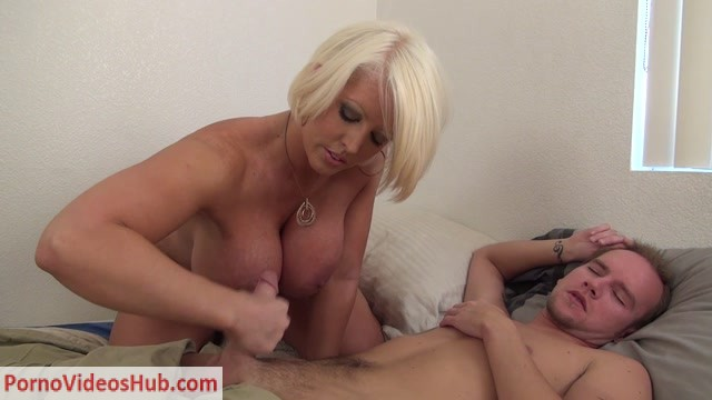 Watch Online Porn – TABOO – Alura Jenson – Son's Morning Wood (MP4, FullHD, 1920×1080)