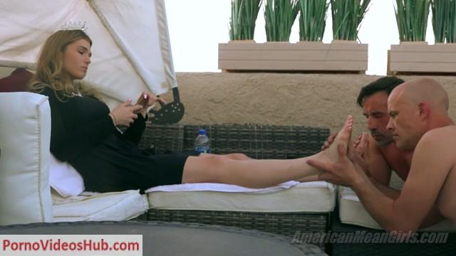 Watch Online Porn – TheMeanGirls – Princess Amber – Foot Worship Til Dusk (MP4, FullHD, 1920×1080)